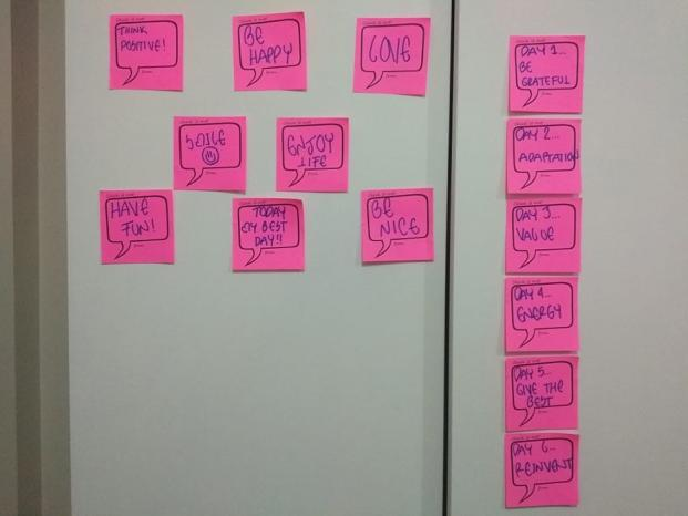 Post its online learning life 933x700