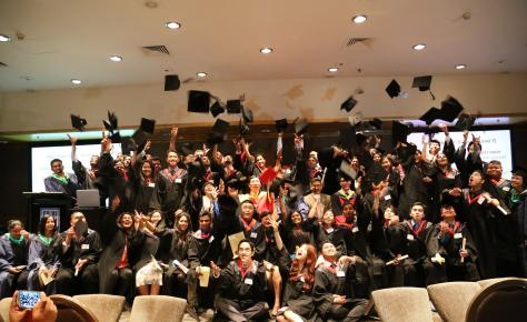 10. AWI students graduation