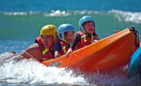New Zealand Mairangi Bay School camp kayak