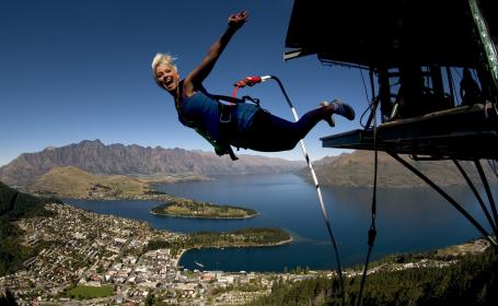 AD317 Lake Wakatipu Queenstown AJ Hackett Bungy New Zealand2